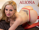 Aliona blonde Paris