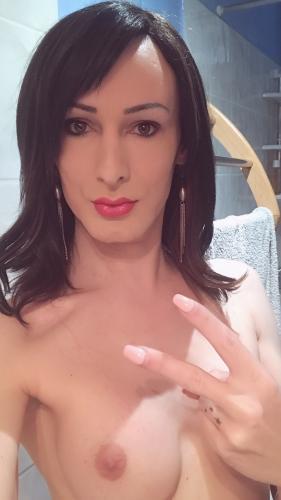 Trans  francaise  tatoué reel et chaude - Escort Montpellier