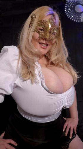 Escort paris busty girl à 75004,vip escorts paris , busty blonde escort 0613144614 - Escort Paris