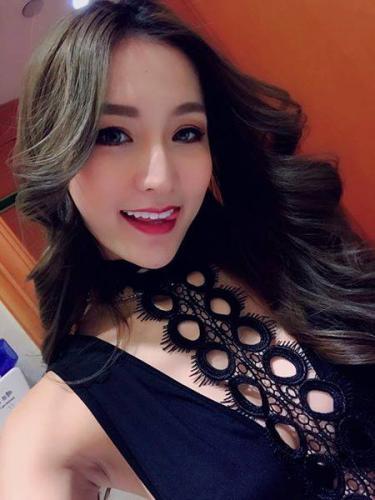 ★joile fille asiatique !! vacance  centre ville !! 06 09 74 74 36 ★ - Escort Narbonne