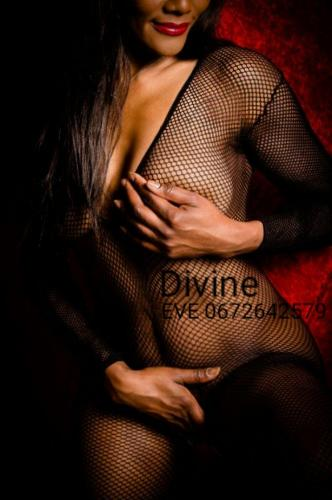 Belle kendy divine black sensationnelle ! l unique  exemplaire ! 77140 - Escort Paris