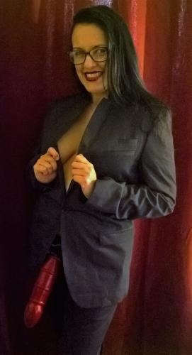 Maitresse karla - Escort girls Paris - 0605878223