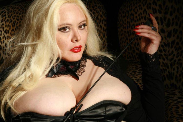 gros seins francais escort girl lot
