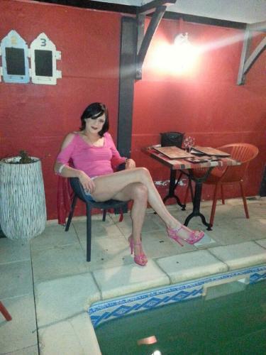 Amelie très jolie travestie - Escort Toulouse