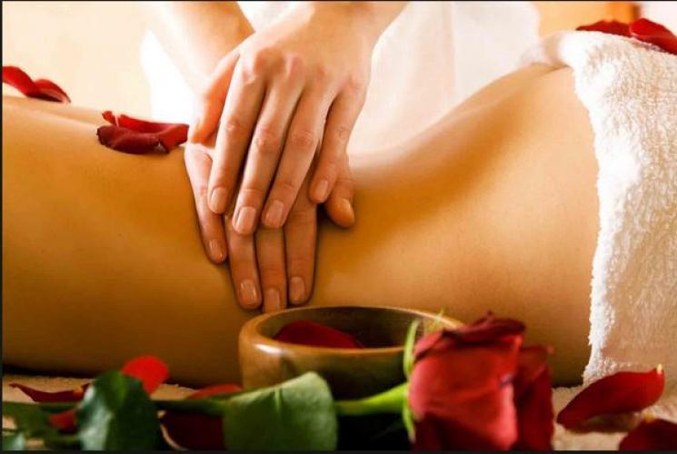 Massages tantriques naturistes à domicile - Escort Lyon