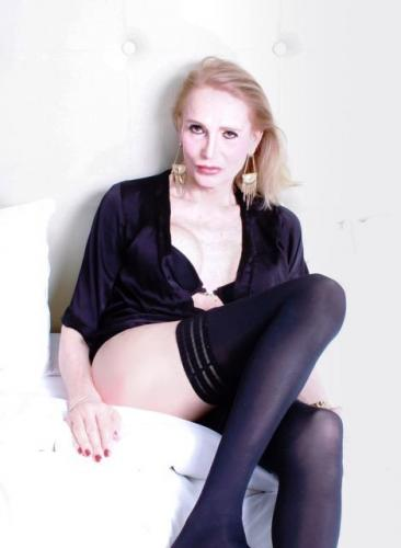 Shemale escort ts angie sven de passage sur paris  06 18 91 15 34 - Escort Paris