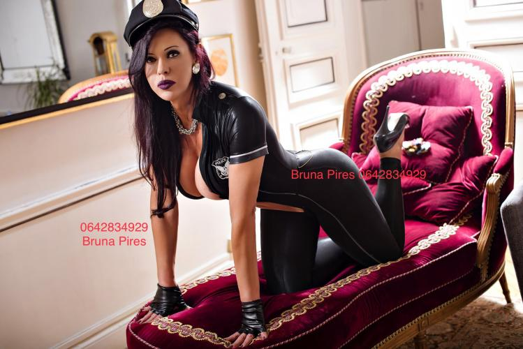 Trans bruna pires - Escort Paris