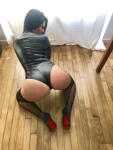 Dominatrice angelina - Escort Montpellier