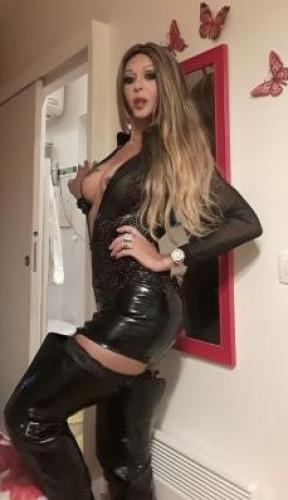 >Brenda belle trans à paris 11 éme
