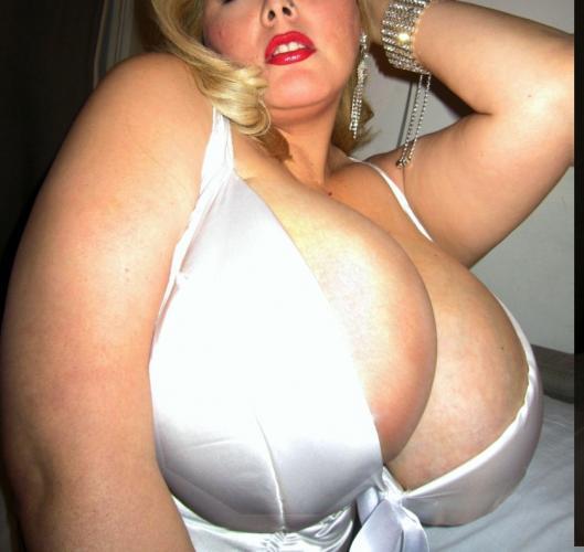 Mega busty bbw escort girl in paris -escort ronde bbw paris 0613144614 - Escort Paris