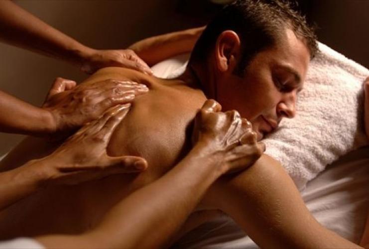 Masseuse 37 ans -dominante douce & sensuelle - Escort La Rochelle