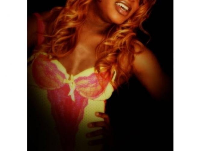 Queen *vip* trans metisse 23cm sublime exotique 07 60 29 73 21 - Escort Paris