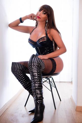 Rebeka 15 eme - Escort trans Paris - 0626498074