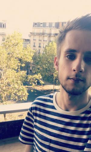 Lucas jeune etudiant - Escort Paris