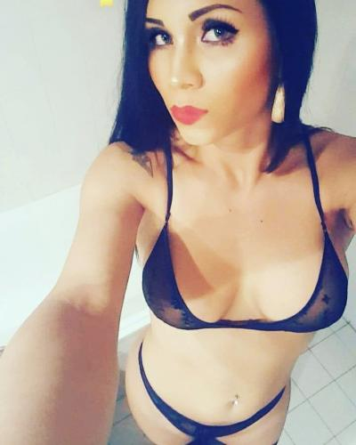 Bombe latine chaud - Escort Paris