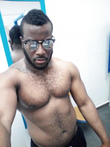 >Escort boy black viril ttbm 24 cm - Escort Paris