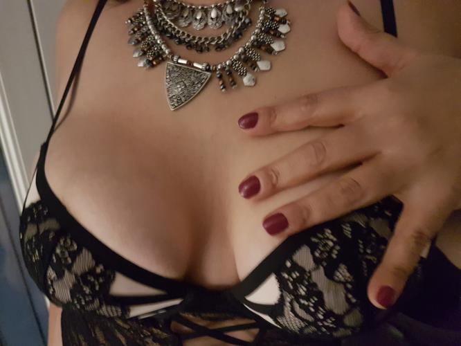 pornogratui escort girl a tarbes