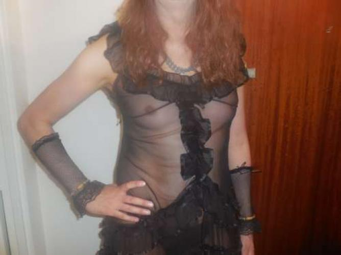 Travesti passive et docile à votre disposition - Escort Paris