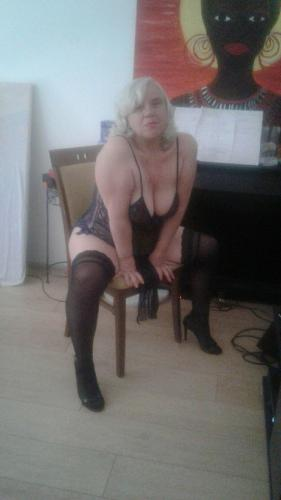 Escorte girl - Escort Perigueux