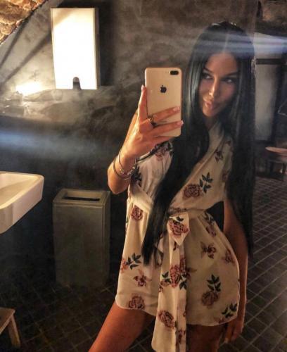 Mila trans active dominatrice tbm réelle de passage en appartement au boulevard carlone - Escort Nice