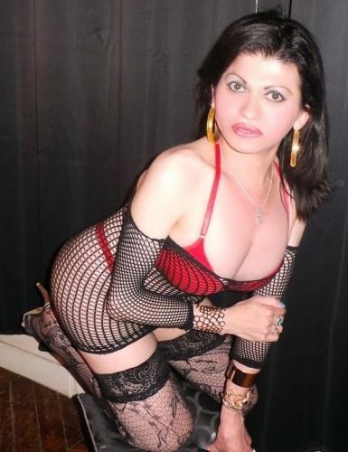 Mikaella trans salope la plus belle de touts ...trop joli reel.0637415136 - Echangistes Paris - 0637415136