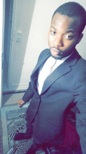 Black escorte boy - Escort Saint Denis