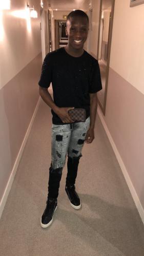 Jeune black sur paris - Escort Paris