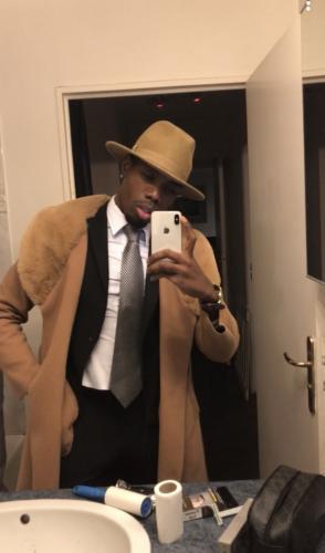 Jeune black gay disponible pour rencontre sympathique et moment sensuel - Escort Monaco