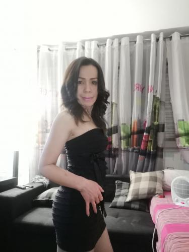 Vrai femme thaïlandaise pour massage naturiste - Escort Paris