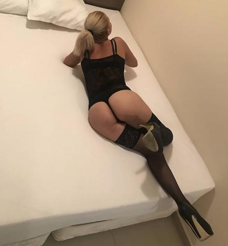 Belle blonde italienne - Escort Lyon