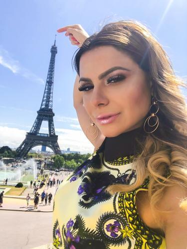 Valentina trans 1* fois a  tours pour homens curieux - Escort Tours