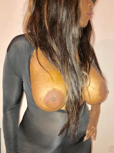 Belle black pulpeuse - Escort Argenteuil