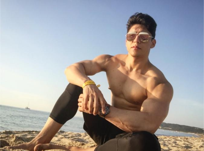 Sexy latin boy...  thick and hard c... 20x7cm. are you looking for relaxation, fun and goo - Escort Lille