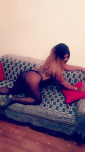 Chanel trans disponible de suite recoit appart - Escort Brest