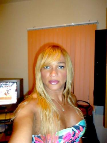 Trans nicolle belle blonde - Escort Melun