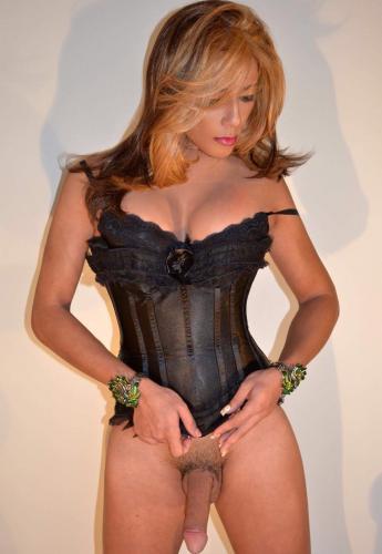 Nicole trans tres joly avec gros surprise - Escort Lyon
