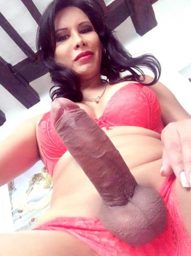 Top latina xxl 3eme - Escort Paris