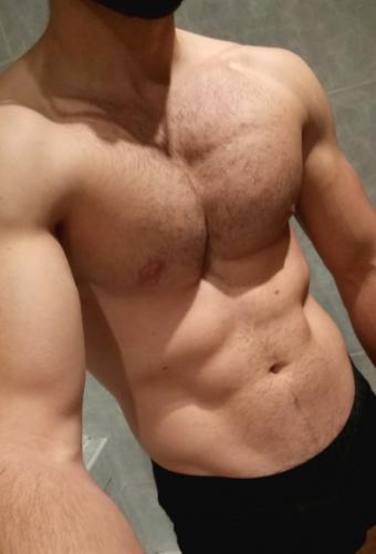 Jeune maître pour belle soumise (femmes/trans/trav) - Escort Nice