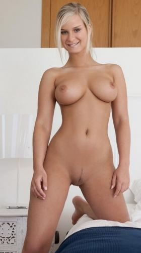 Tara belle poupee hongroise a paris - Escort Paris