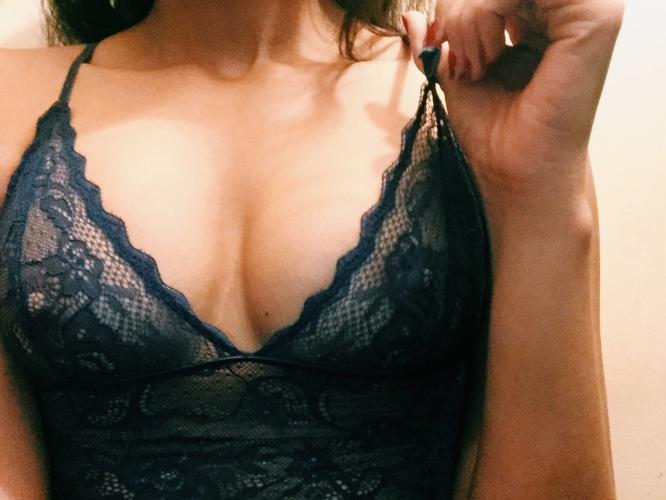 Escorte etudiante, sexy et sensuelle - Escort Paris