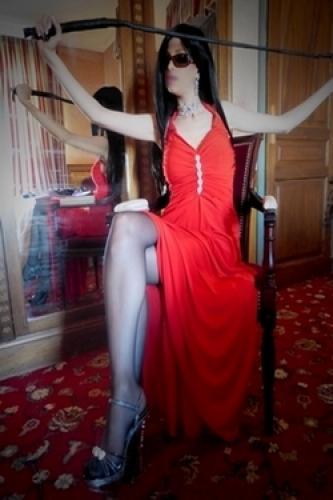 Magnifique dresseuse fétichiste à paris - Escort Paris