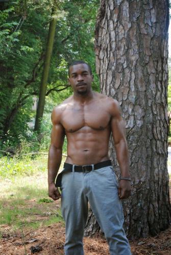 Black masseur et fisteur - Escort Paris