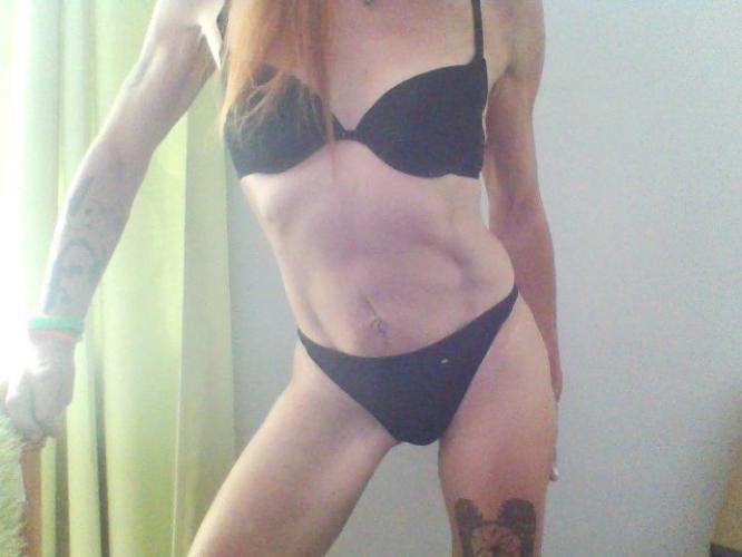 Cindy dialogue sexe au tel ou show cam sur skype 03 86 86 27 55 - Escort Lyon