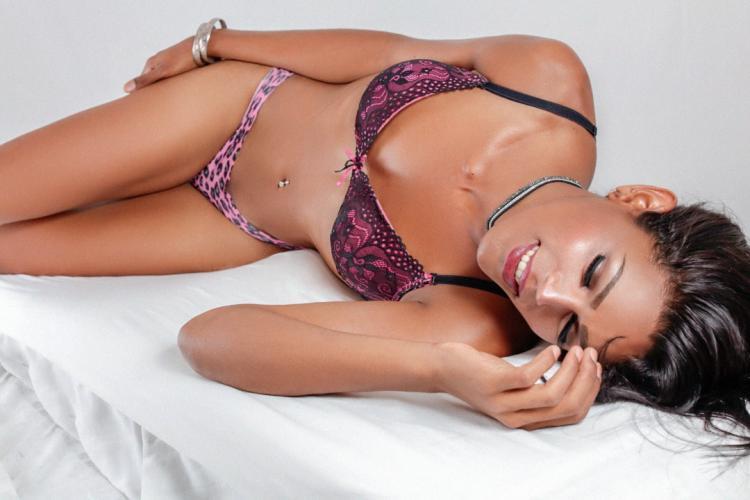 Je suis mariana, une belle et élégante trans de 23 ans, disponible 24h / 24, appartement p - Escort Boulogne Billancourt