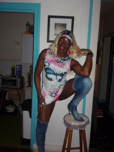 Transvesti black escorte de lyon pour bon masage  et detentre - Escort Lyon
