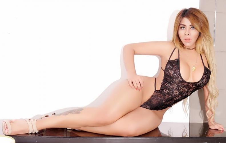 Jolie jeune trans dominatrice nouvel sur paris et reine des parties blanches 20 ans - Escort Bois Colombes