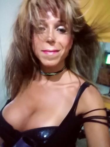 Suzy santoro top trans !  séduisante  !!!   hot et sexy trans pour vous !!! - Escort Villejuif