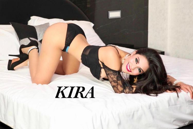 Trans kira disponibile ela  italiana 50rosse - Escort Salon De Provence