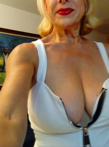 Sublime f blonde classe massage naturiste 0659857341 - Escort Nice