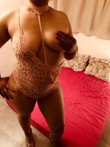 La belle brune - Escort Toulouse